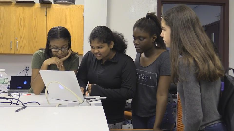 Video: Briarcliff students certified as Apple technicians