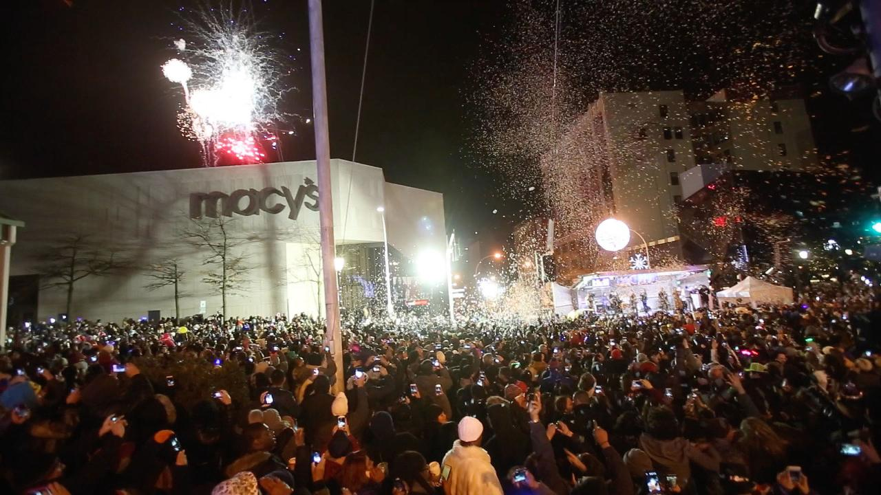 Revelers enjoy the festivities during the annual White Plains New Year's Eve Spectacular on Main Street in downtown White Plains Jan. 1, 2017. Frank Becerra Jr./Lohud
