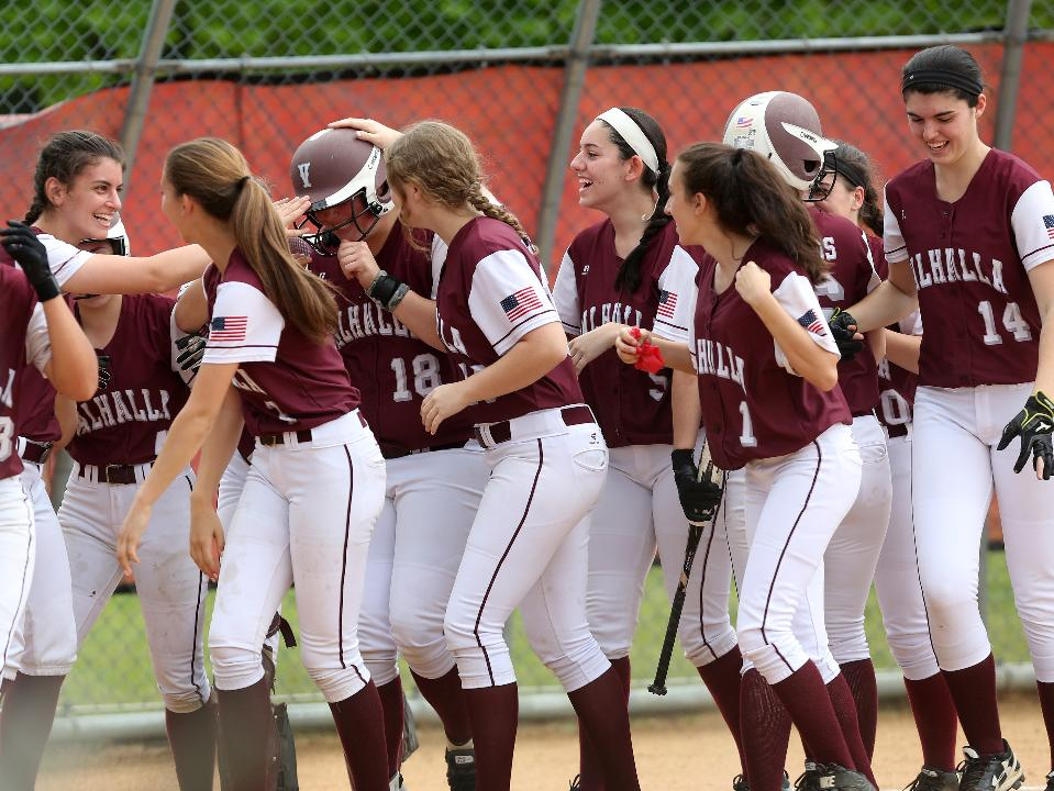 Video: Valhalla celebrates Section 1 victory