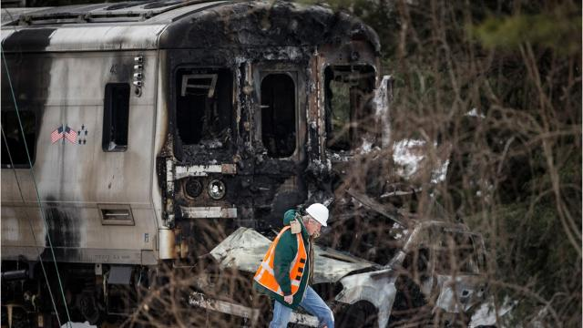 Video: Notable train crashes throughout history