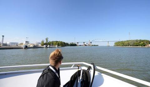 A boat tour of the Fox River and lower Green Bay helped raised awareness of water issues and projects those waterways. (Sept. 20, 2014)
