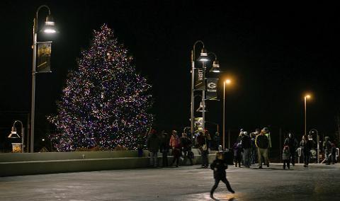 Lambeau Field Christmas Festival 2020 Festival of Lights at Lambeau Field