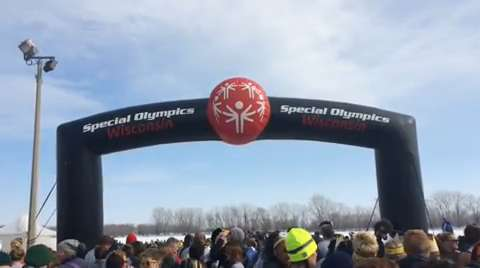 2015 Oshkosh Polar Plunge raised $425,000 for Special Olympic athletes over the two-day event this weekend.