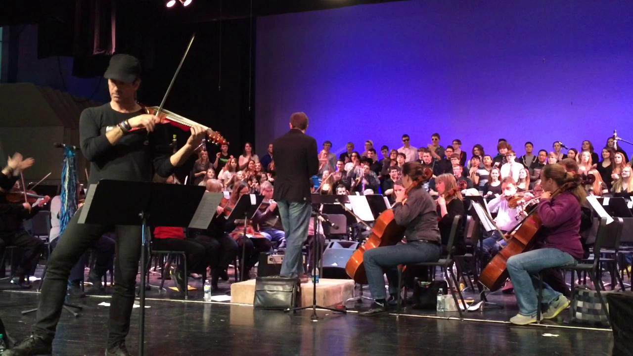Violinist Mark Wood performed in Oshkosh on Sunday, and will be working with Oshkosh music students throughout the week. (March 9, 2015)