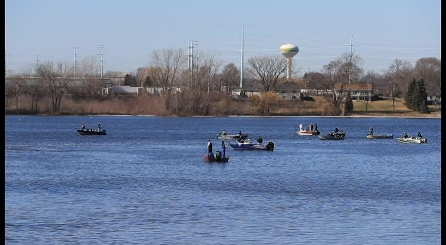 Locals are enjoying record-breaking warm weather in the Green Bay area before a return to colder temperatures is expected by the end of the week.