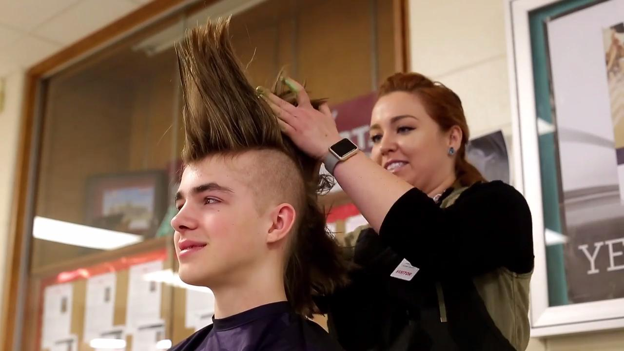 Seymour takes on Mohawk Challenge
