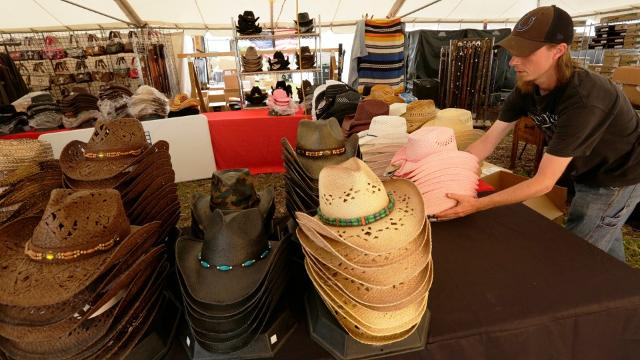 Country Music fans will be flocking to Oshkosh to attend the 22nd annual Country USA festival at Ford Festival Park.  Vendors prepare for the masses.  Blake Shelton will be on the main stage opening day June 20, 2017. The music festival runs 5 days.